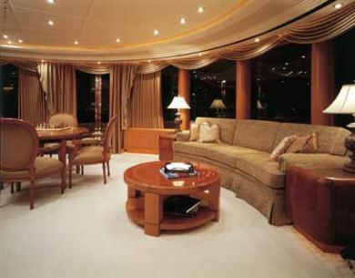 Motor Yacht CAPRI - Main saloon 2